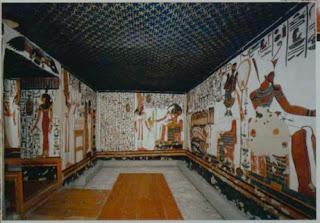 مقابر البر الغربي بالأقصر